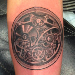 peewee_anthonysinerco_clock_detail_watch_gears_steampunk_blackandgray