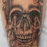 skull-212x400