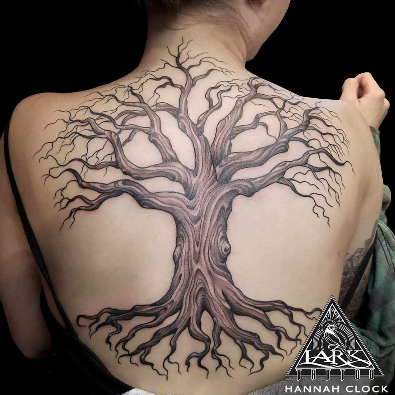 #tree #treetattoo #colortattoo #backtattoo #backpiece #backpiecetattoo #nature #naturetattoo #femaletattooer #femaletattooartist #femaleartist #tattoo #tattoos #tat #tats #tatts #tatted #tattedup #tattoist #tattooed #inked #inkedup #ink #tattoooftheday #amazingink #bodyart #tattooig #tattoosofinstagram #instatats #larktattoo #larktattoos #larktattoowestbury #westbury #longisland #NY #NewYork #usa #art #hannahclock #hannah #clock