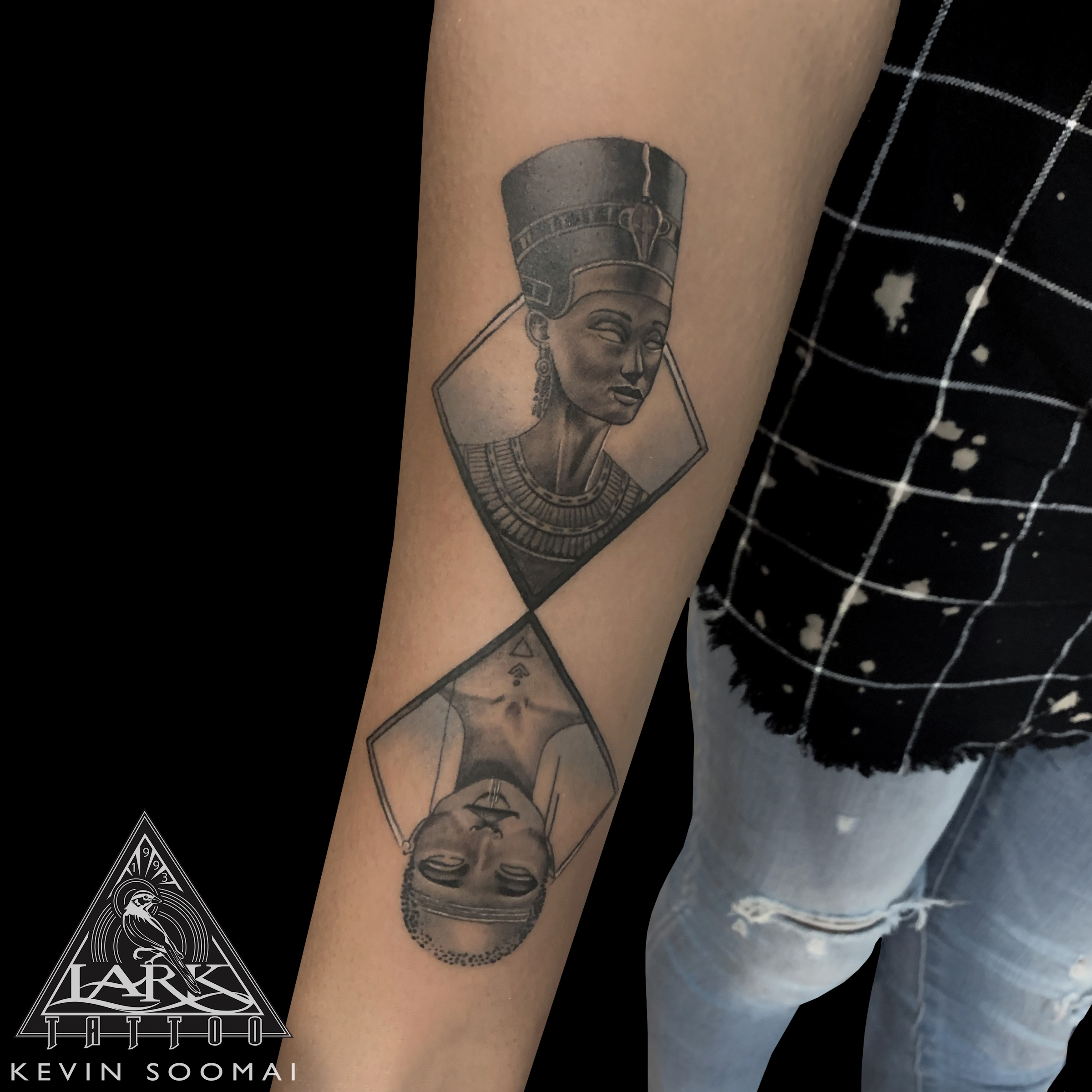 LarkTattoo, KevinSoomai, KevinSoomaiTattoo, KevinSoomaiLarkTattoo, Tattoo, Tattoos, Nefertiti, NefertitiTattoo, NeferneferuatenNefertiti, NeferneferuatenNefertitiTattoo, Queen, QueenTattoo, Egyptian, EgyptianTattoo, EgyptianQueen, EgyptianQueenTattoo, SaraGolish, SaraGolishTattoo, BNG, BNGTattoo, BlackAndGray, BlackAndGrayTattoo, BlackAndGrey, BlackAndGreyTattoo, Portrait, PortraitTattoo, TattooArtist, Tattoist, Tattooer, LongIslandTattooArtist, LongIslandTattooer, LongIslandTattoo, TattooOfTheDay, Tat, Tats, Tatts, Tatted, Inked, Ink, TattooInk, AmazingInk, AmazingTattoo, BodyArt, LarkTattooWestbury, Westbury, LongIsland, NY, NewYork, USA, Art, Tattedup, InkedUp, LarkTattoos