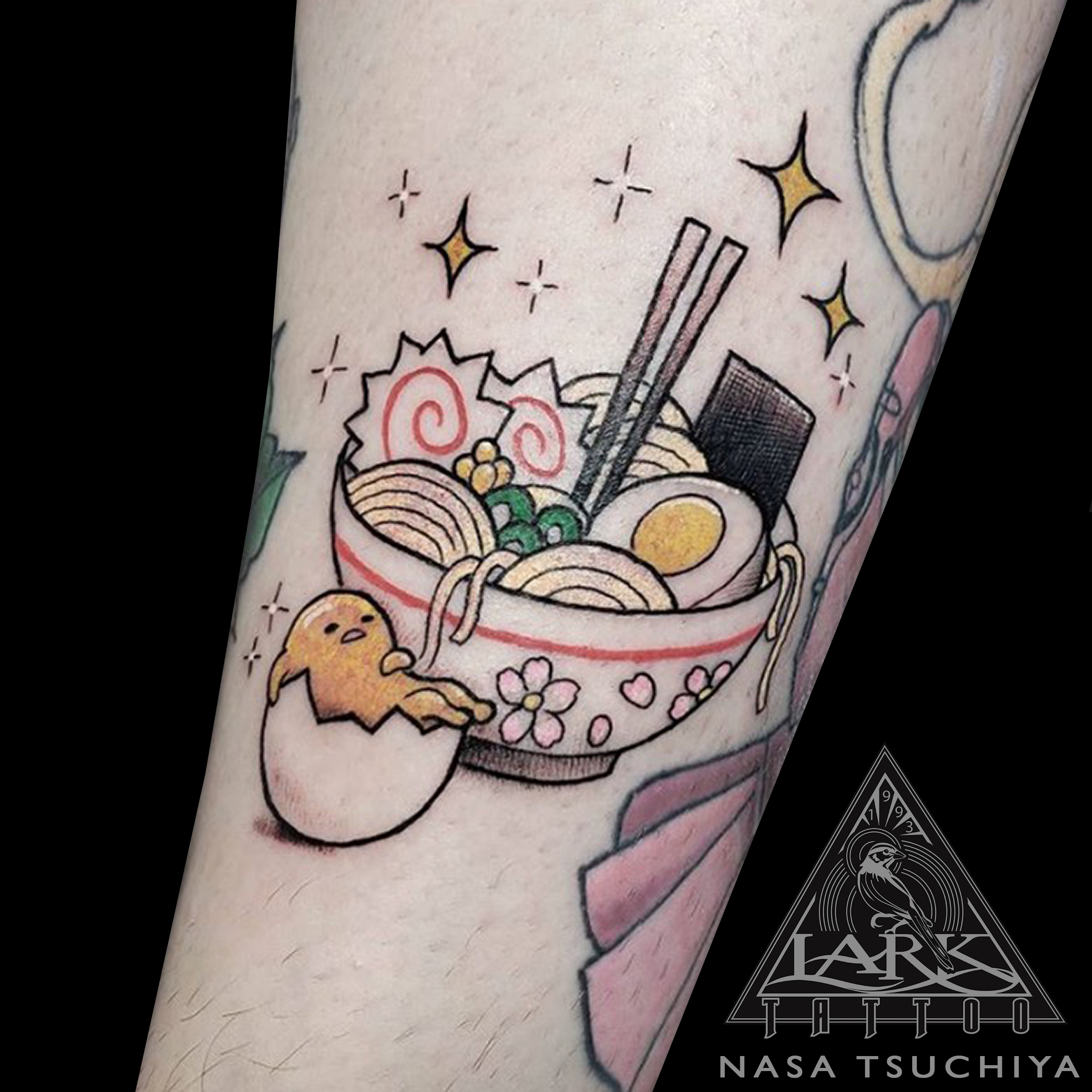 LarkTattoo, Tattoo, NasaTsuchiya, NasaTsuchiyaLarkTattoo, Tattoos, Gudetama, GudetamaTattoo, ぐでたま, ぐでたまTattoo, LazyEgg, LazyEggTattoo, NagashimaEmi, 永嶋瑛美, Kawaii, KawaiiTattoo, KimoKawaii, KimoKawaiiTattoo, CuteTattoo, ColorTattoo, JapaneseTattoo, Ramen, RamenTattoo, RamenNoodles, RamenNoodlesTattoo, CartoonTattoo, IllustrationTattoo, TattooArtist , LongIslandTattooArtist, LongIslandTattooer, LongIslandTattoo, Cute, Tattooer, Tattoist, TattooOfTheDay, Tat, Tats, Tatts, Tatted, Inked, Ink, TattooInk, AmazingInk, AmazingTattoo, BodyArt, LarkTattooWestbury, Westbury, LongIsland, NY, NewYork, USA, Art, Tattedup, InkedUp, LarkTattoos